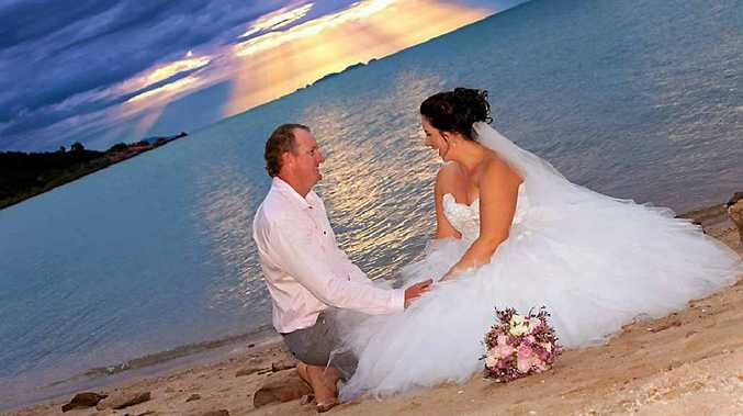 Grant and Kathryn Meikle were married at Montes Reef Resort, Hydeaway Bay.