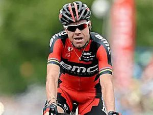 Evans takes commanding lead in Tour