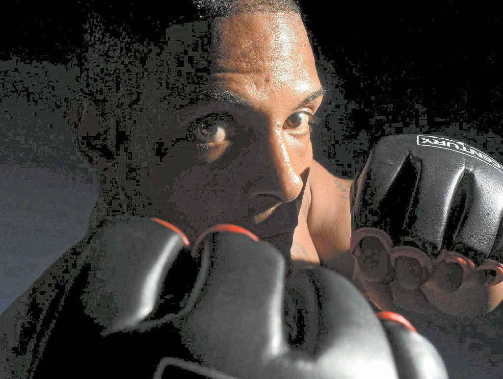 GLOVES ON: Michael McDaniel is preparing for his February 8 fight against Luke Vella.