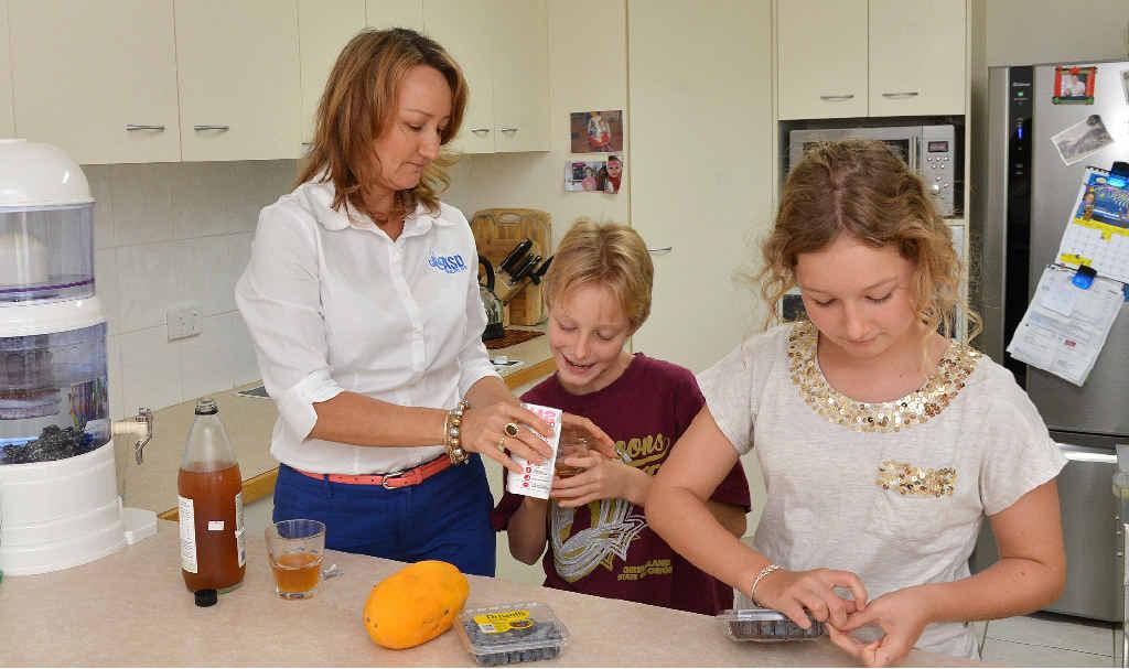 William and Sarah Muller with mum Rhonda Muller of ASD Healthy Life.