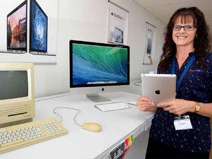 Old Mac computer takes us for a trip down memory lane