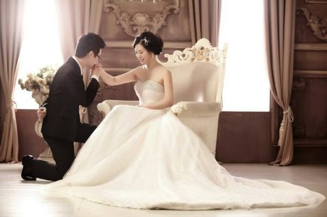 Calvin Zhou and Grace Cai were married only two months ago.