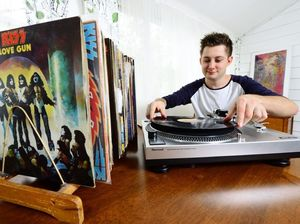 Dump your CDs – records are coming back into fashion!