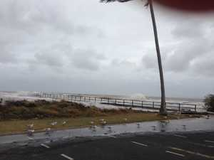 Damaging winds of up to 100km/hr expected in Capricornia