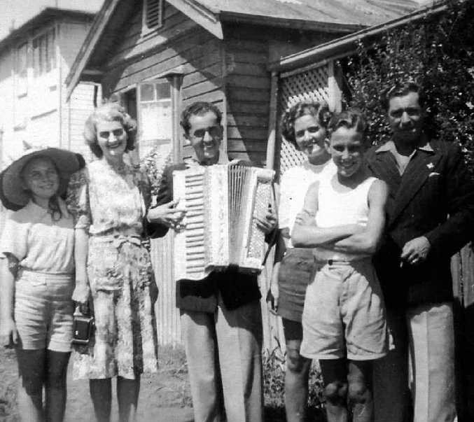 Frank Morelli (with piano accordion), his brother Aldo, young John Maluta and friends, Ballina 1947