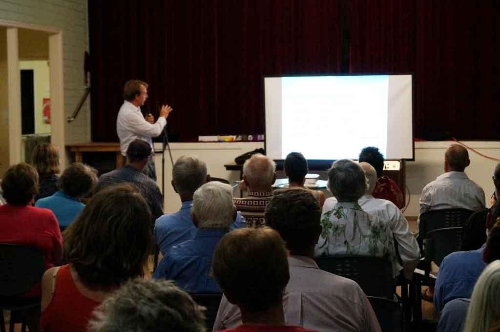Clean Air Queensland hears concerns of Jondaryan residents at a public meeting.
