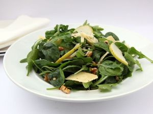 Pear and walnut salad recipe