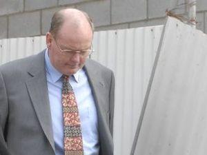 Principal had three chances to report convicted pedophile