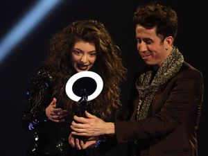 Oh Lorde: Kiwi songstress takes home a Brit Award