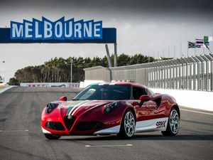 Alfa Romeo 4C gets first taste of Australia