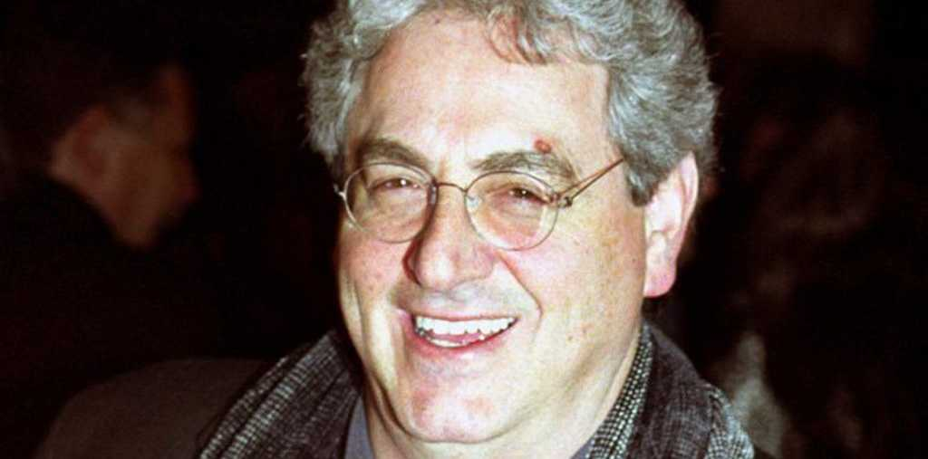 Harold Ramis starred in Ghostbusters.