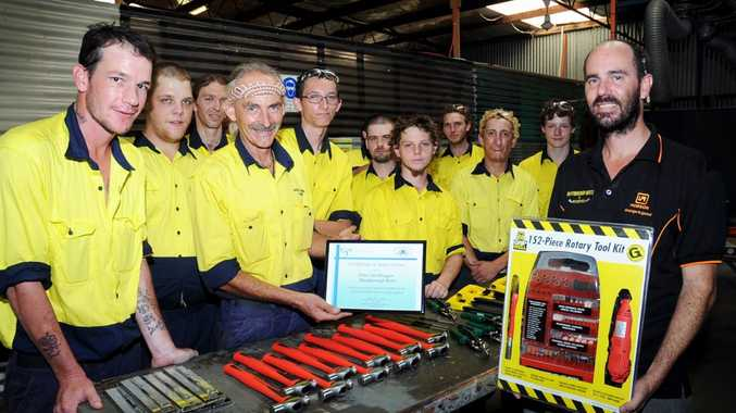 Maryborough TESS engineering trainer David Sanders and his Schools for Education and Employment students have received an engraving kit from Peter Van Bruggen of Maryborough Bolts and Accessories.