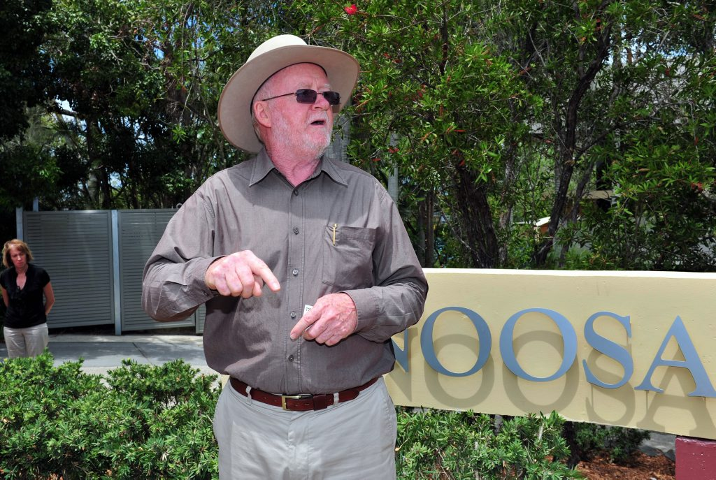 Noosa Mayor Noel Playford addresses the crowd before the Noosa Flag Raising at Noosa Shire Council Chambers. Photo Geoff Potter / Noosa News