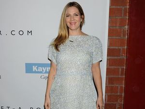 Pregnant Drew Barrymore can't get enough noodles