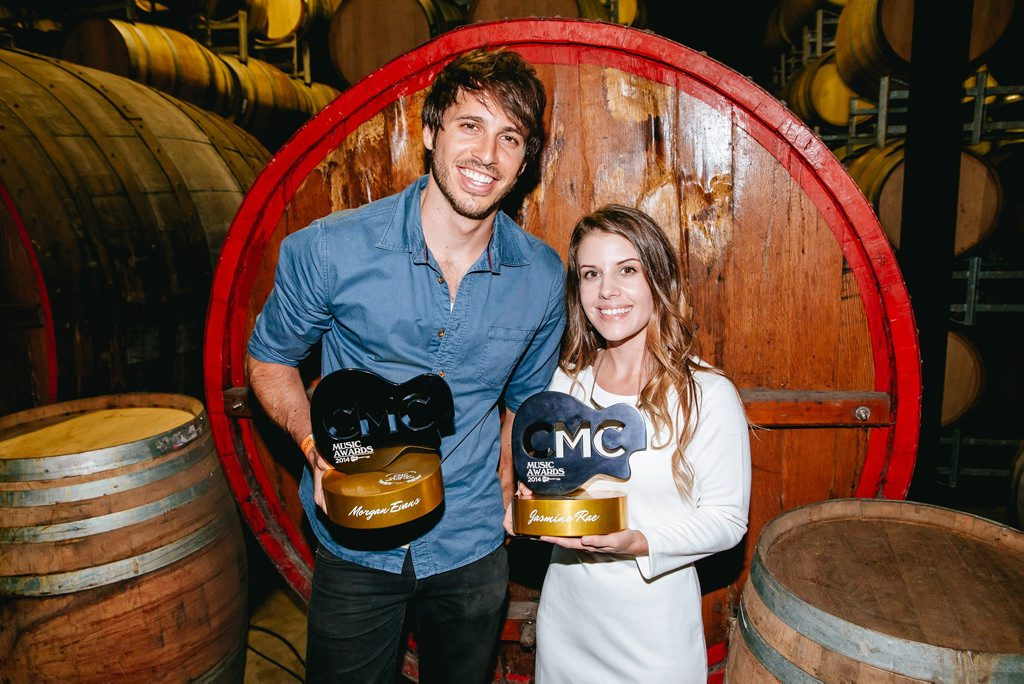 CMC Awards winnners Morgan Evans and Jasmine Rae.