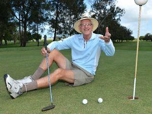 Hole-in-one hat-trick stuns veteran golfer