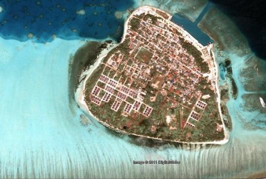 the remote Maldives island of Kuda Huvadhoo. Source: Google Earth