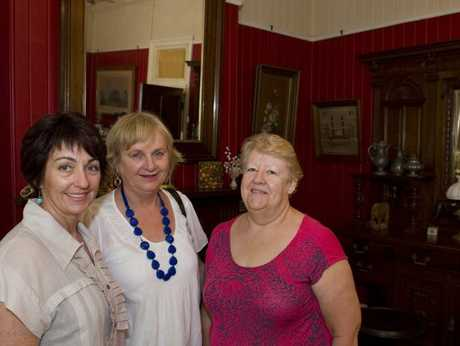 On the tour are (from left) Margaret Coleman, Laurel Nolan and Judy Thompson.