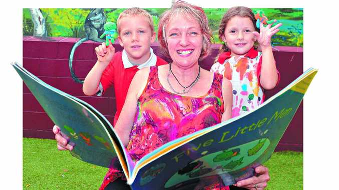 EFFORTS HONOURED: Chevallum State School teacher Michelle Scheu, who has been given a national teaching award, with Ali Poland and Greta Forbes.
