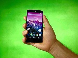 Google's Nexus 5 runs laps around the iPhone 5s