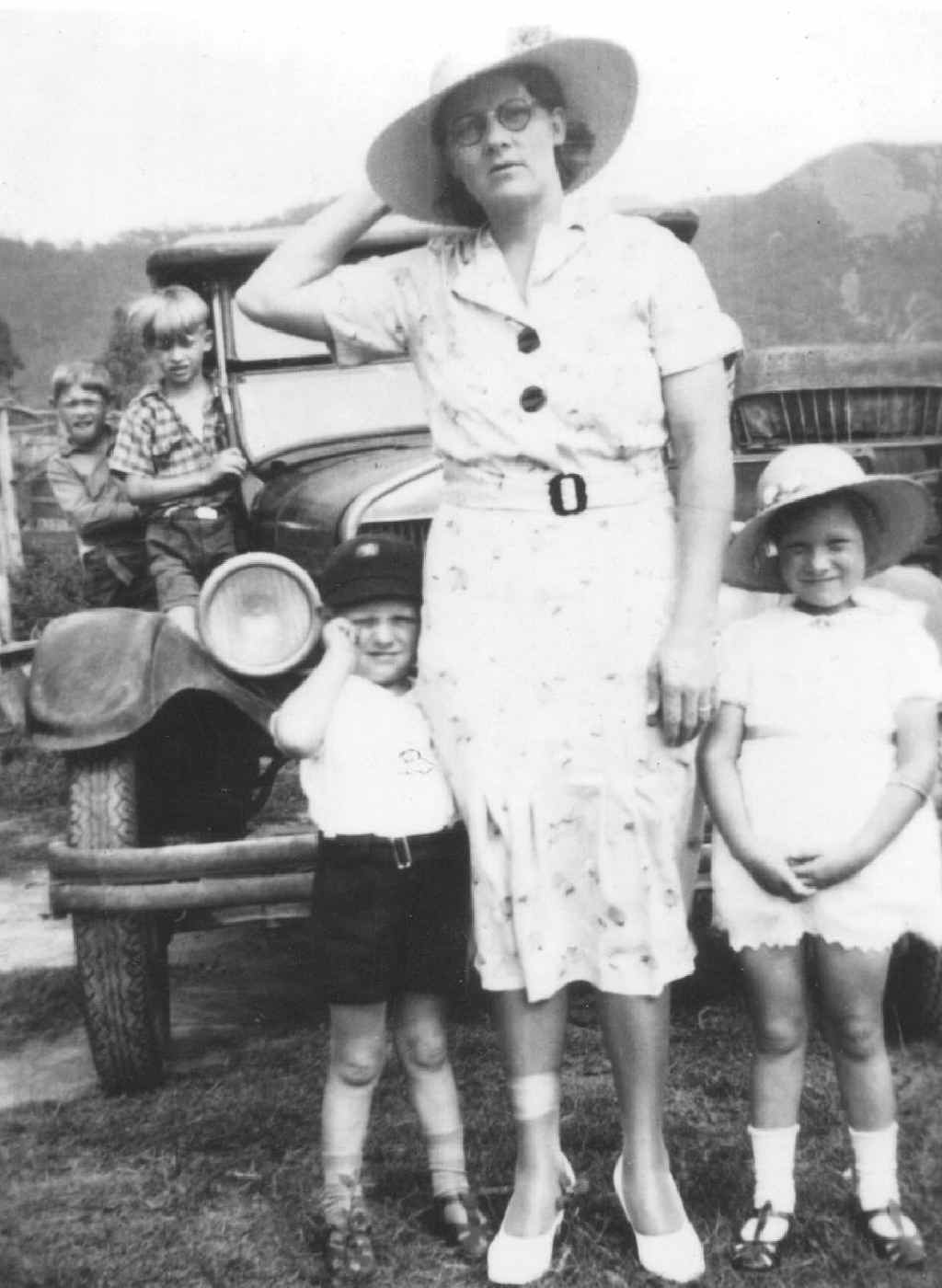 Marjorie and her children in about 1940.