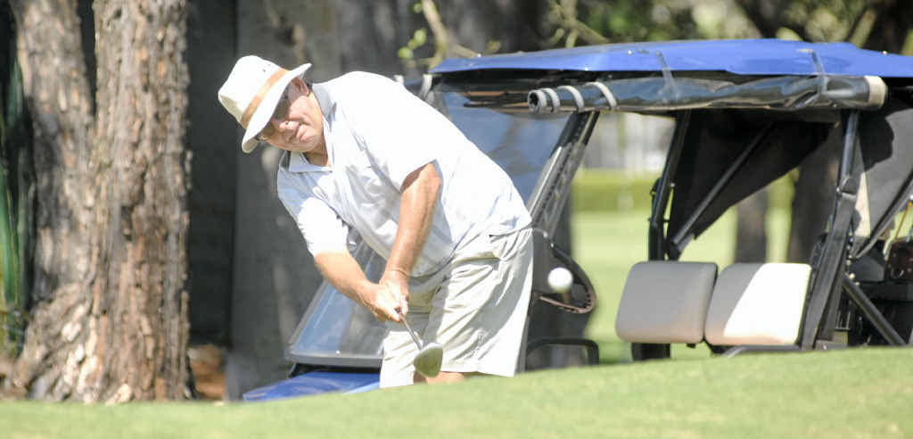 Ronnie Johnston gets out of trouble well on the 18th hole during the latest Saturday competition at Ballina Golf Club.