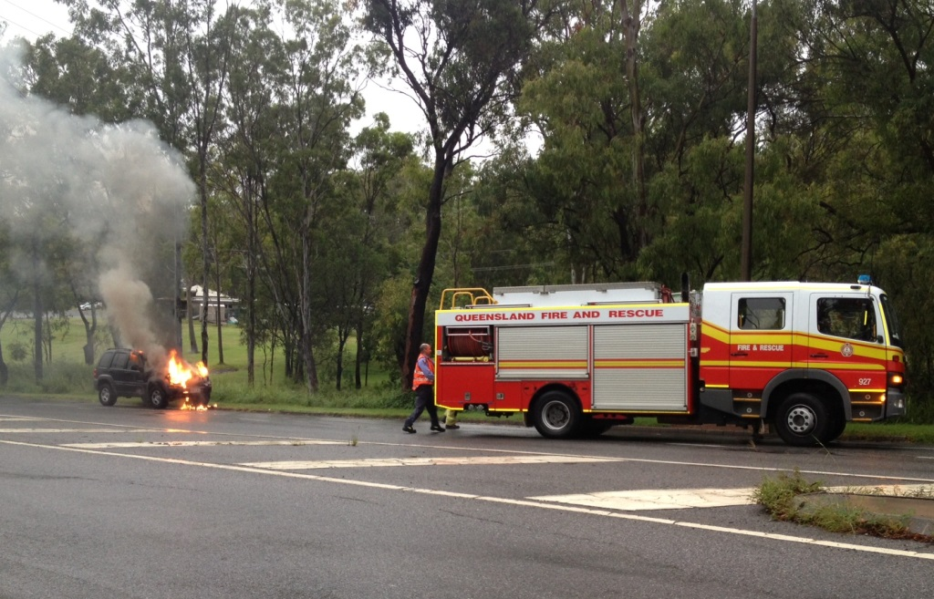 A Jeep Cherokee caught fire on Glenlyon Rd, Gladstone, on Sunday afternoon.