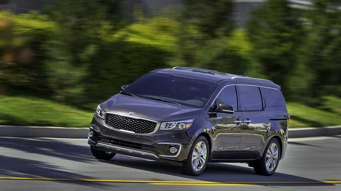 The 2015 Kia Grand Carnival (overseas model).