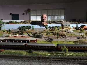 Model train enthusiast shares his talent