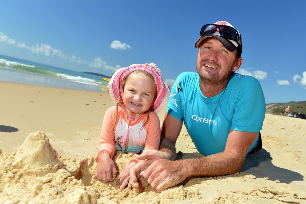 EASTER HOLIDAYS RAINBOW BEACH: Emilie and Bob Dwine from Gympie. Photo Patrick Woods / The Gympie Times