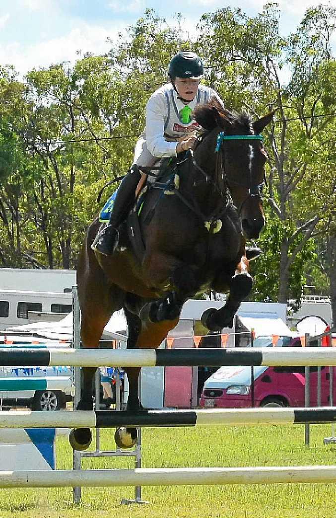 Amy Bradfield riding Balmoral Georgio.