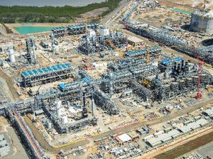 Santos's Papua project starts producing first LNG