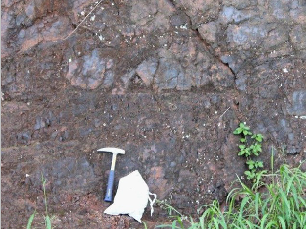 Manganese deposits have been discovered under Mooloo Rd.
