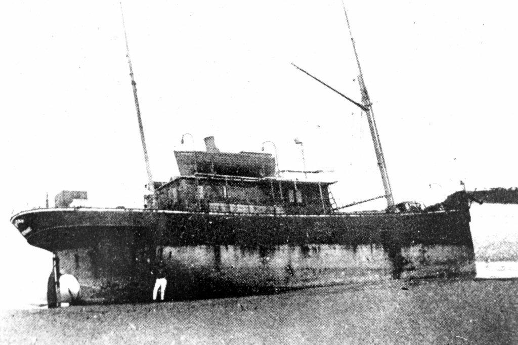 The S.S. Dicky ran aground near Caloundra on February 4, 1893.