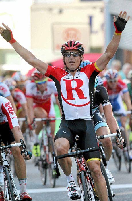 STAR POWER: Robbie McEwen will compete in the Byron Bay Triathlon on Saturday.