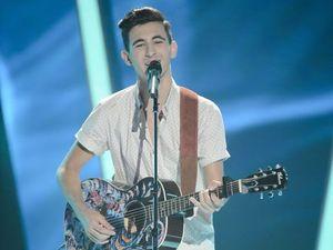 Stars battle over Cooroy teen on The Voice