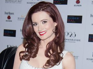 Holly Madison teaches daughter to swim
