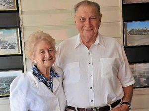 Couple celebrates 60th wedding anniversary at yacht club
