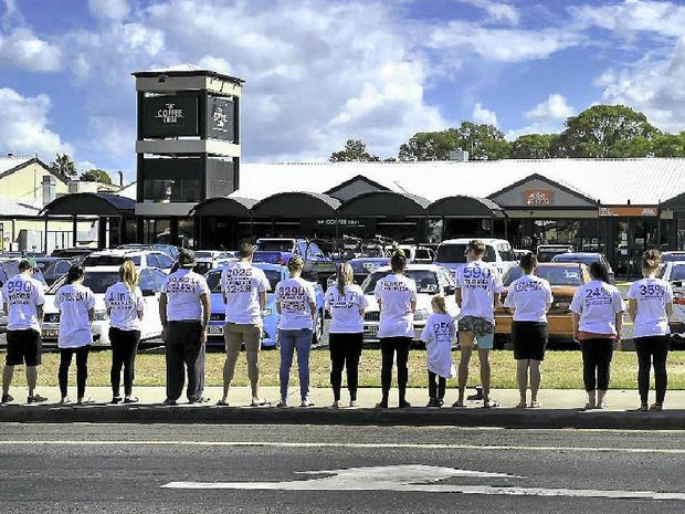 A group of Gladstone residents on Saturday raised awareness and promoted the Gladstone Homeless Connect event happening on Wednesday.