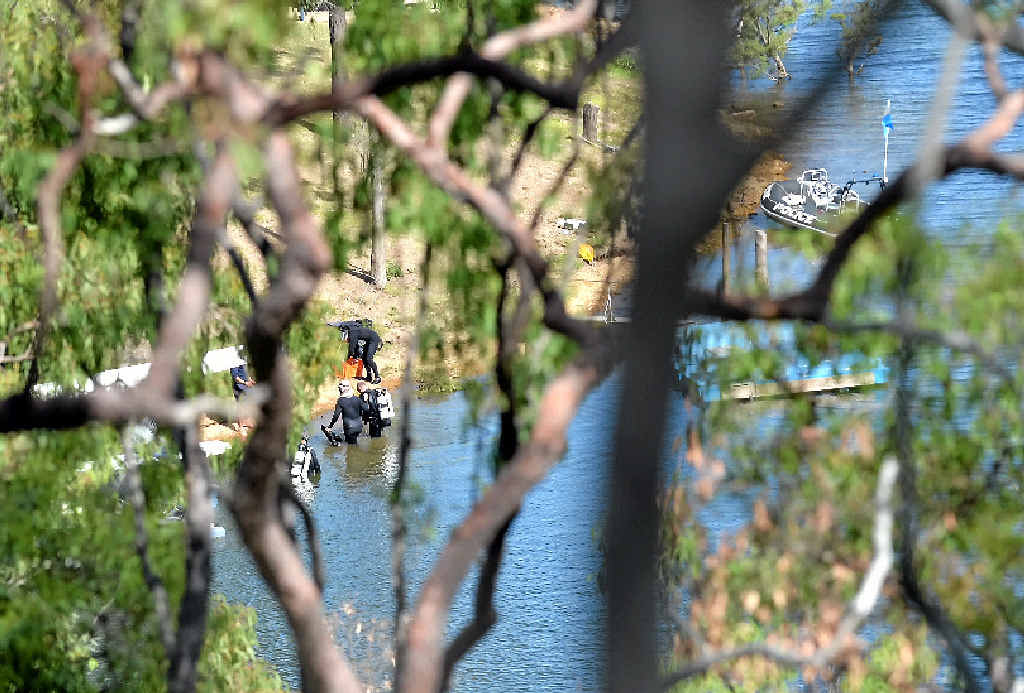 The Water Police are conducting a search for two missing bodies at the Gladstone Lake Awoonga Dam. Photo Brenda Strong / The Observer