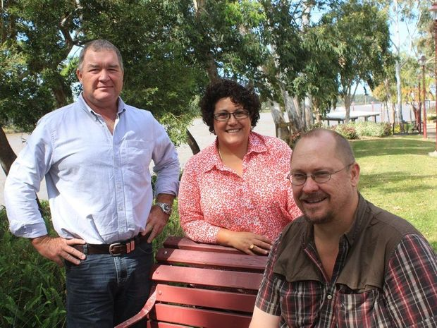 SMR Advertising and Research principal Paul Sweeney, Knowledge Transfer Services managing director Rose Wright and Jason Pfingst from Lilly Pilly Organics discuss the Relish Capricorn initiative. Photo: Pam McKay/The Morning Bulletin