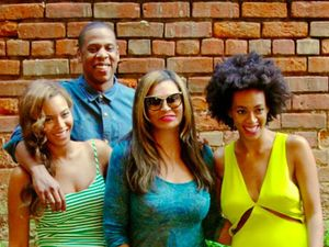 Jay Z, Beyonce and Solange Knowles post new photos together