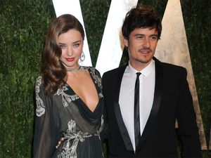 Miranda Kerr and Orlando Bloom 'hooking up'