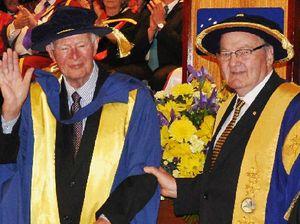 Doug Anthony earns uni honour