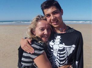 Teen survives chute malfunction at 10,000 ft above Coolum