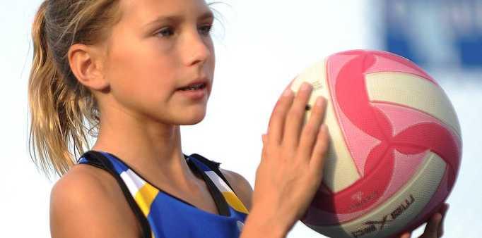 Kiana Scrase at a Laura Geitz netball clinic held at Siena Catholic College, Sippy Downs. Photo: Iain Curry / Sunshine Coast Daily