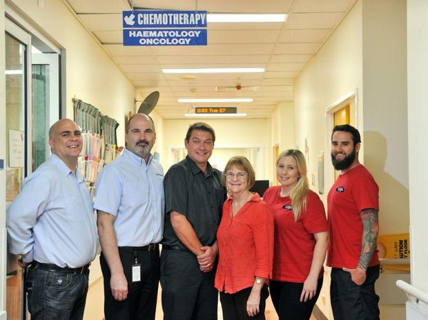 Hot FM and Harvey Norman Gladstone wish to express their gratitude to the Gladstone community for their recent generosity in fundraising for the Oncology Ward. (L-R) Neil Kuhl, Les Ispanovic, Rune Peterson, EJ and Browny.