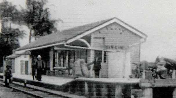 An early photograph of the railway station.