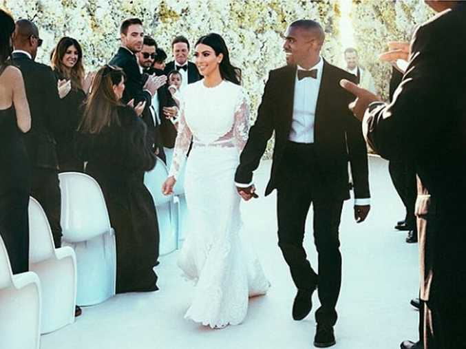 Kim Kardashian and Kanye West at their wedding (c) Kim Kardashian Instagram