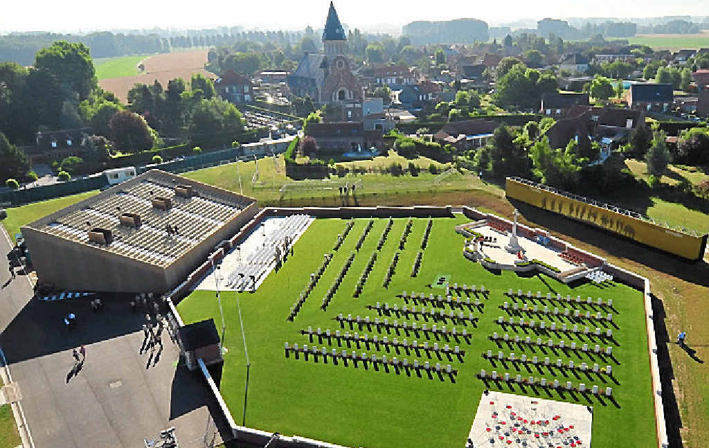 NORTHERN FRANCE: Commonwealth War Graves.